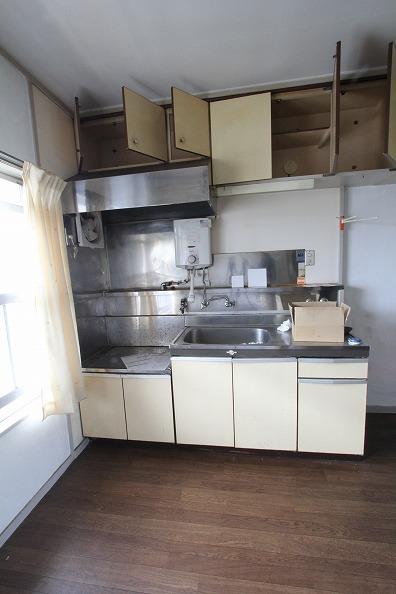 前 キッチン (2)